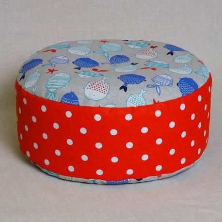 Pohankový meditační sedák 30 x 10 cm rybičky / červený puntík
